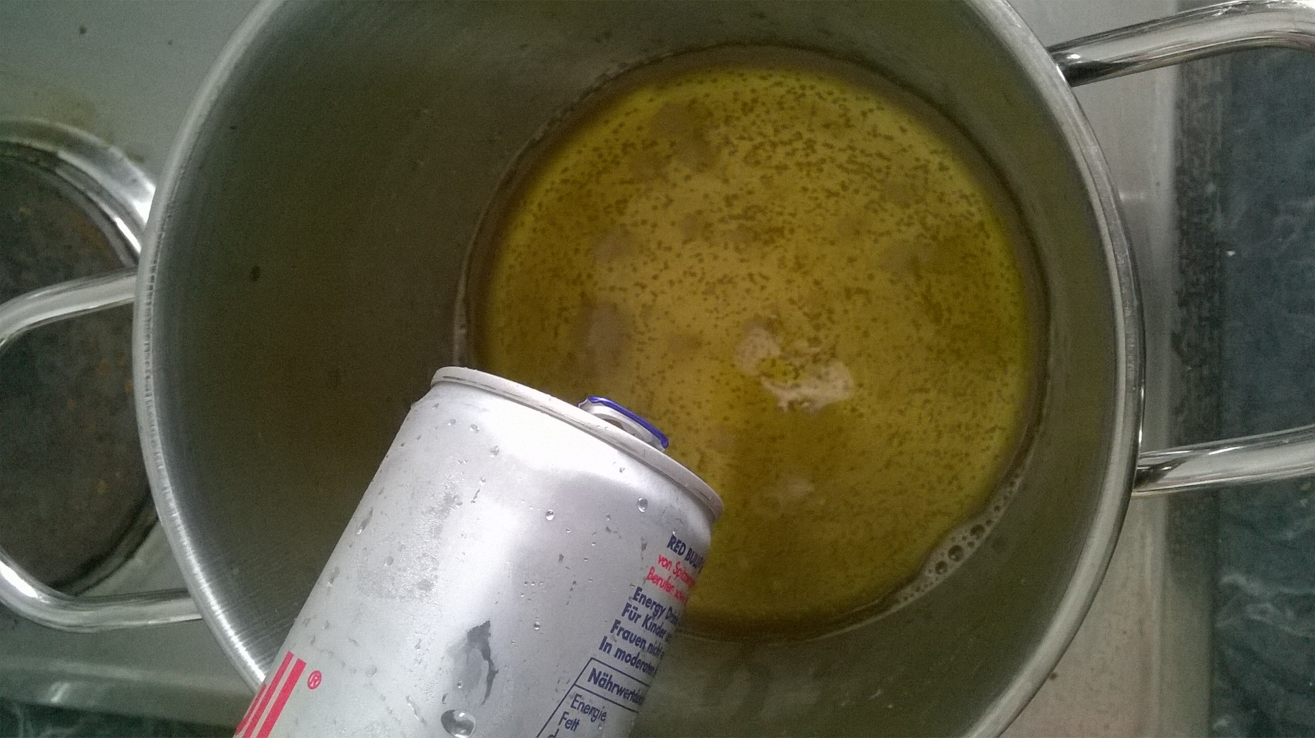 Red Bull Getränke Kühlschrank : Rezept red bull marmelade mit koffeinstückchen der burtchen